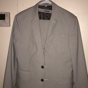 3 piece Express male suit. Great condition